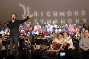 Music Director, Steven Smith, with the Richmond Symphony orchestra and chorus during the opening ceremonies of the UCI Road World Championships